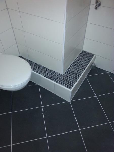 cn fliesen bad wc. Black Bedroom Furniture Sets. Home Design Ideas